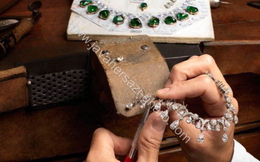 دوره آموزشی جواهرات سیمی و مهره ای